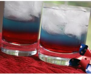 blog-pool-party-patriotic-drink-300x244.jpg